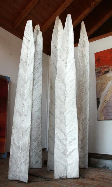 Blätter, Holz bemalt, 240 x 100 x110 cm